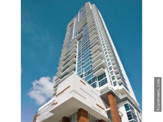 SE VENDE ESPACIOSO APARTAMENTO TEN TOWER