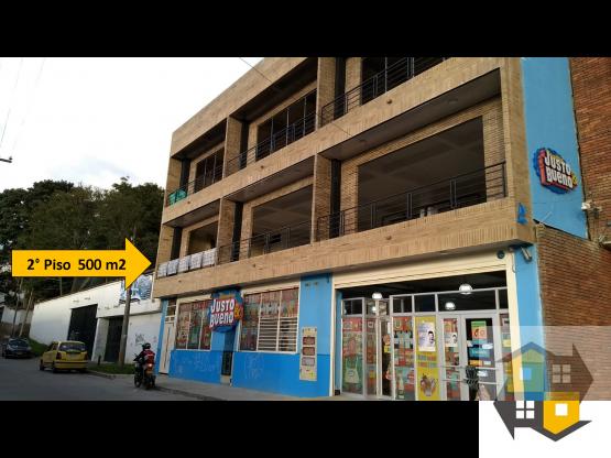 ARRIENDO LOCAL COMERCIAL y/o INSTITUCIONAL 500 M2