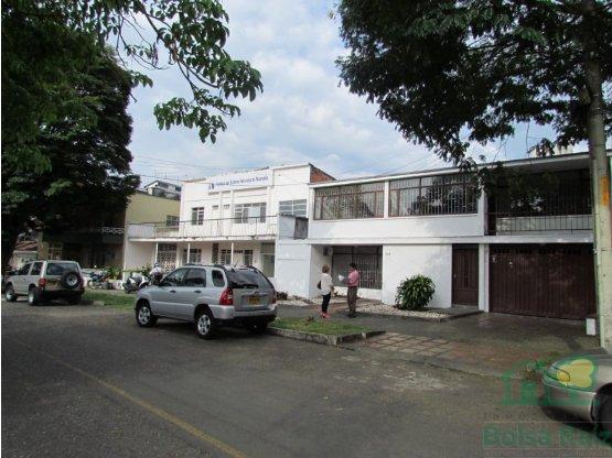 Se Renta Casa para Oficinas en Alamos Pereira