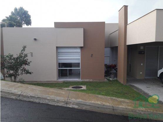 Venta Excelente Casa campestre en Condina Pereira