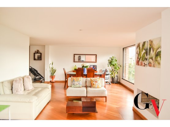 Arriendo amplio apartamento conjunto Santa Paula