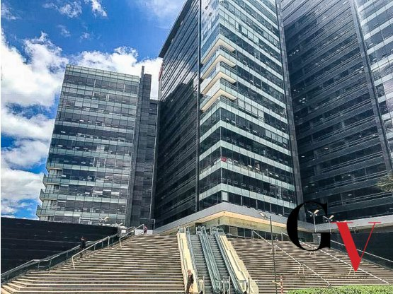 Oficina en venta en centro empresarial, Bogotá