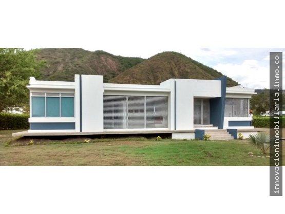 Venta casa campestre en condominio -  Apulo