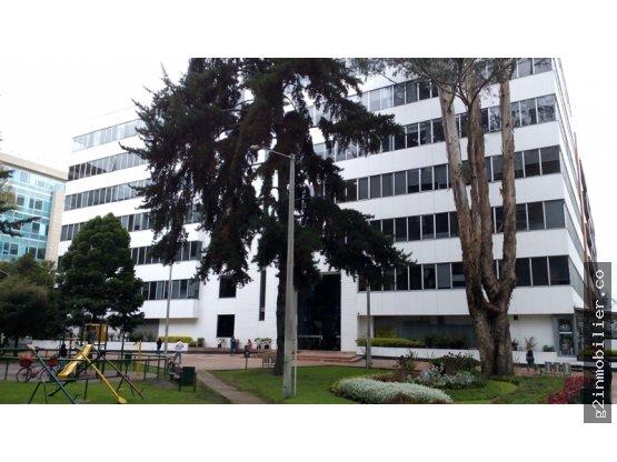 Excelentes oficinas en arriendo 1.060 M2 Calle 99