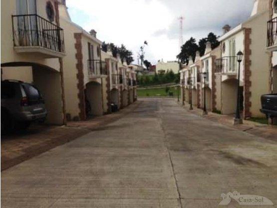 Linda Casa en Renta Cañadas de Arrazola (D)