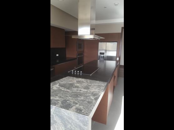 Exclusivo apartamento en renta en Zona 14