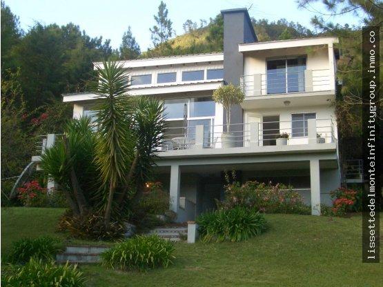 Hermosa villa en venta Constanza US$275,000