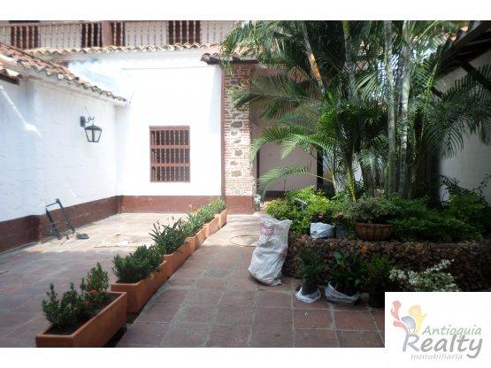 Casa en Parque Santa Fe de Antioquia