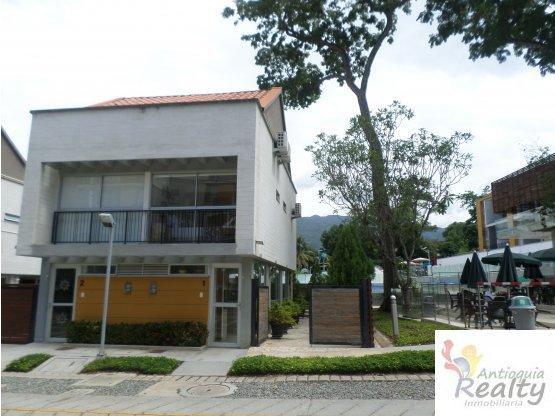 Casa En Santa Fe De Antioquia En Venta