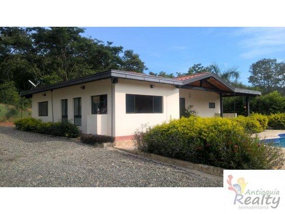 Casa Campestre Via Santa Fe de Antioquia