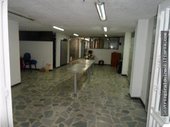 LOCAL PARA ALQUILAR EN EL CENTRO DE MANIZALES