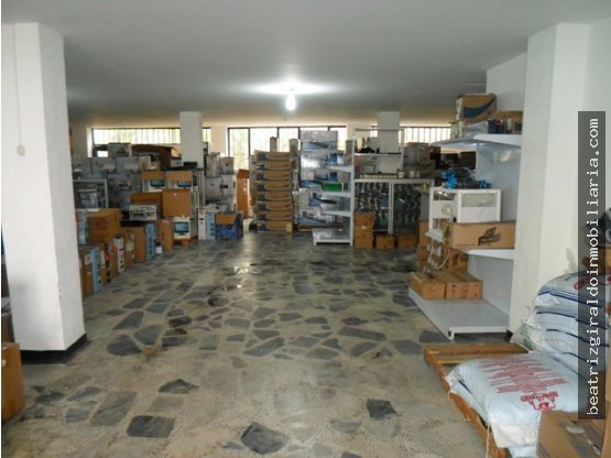 LOCAL EN ARRIENDO, VERSALLES, MANIZALES