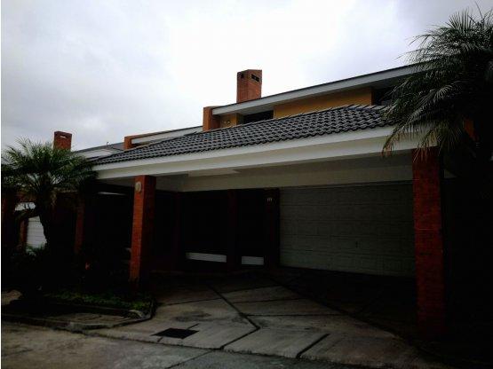 Casa en Lomas de San Rafael Km 8.3 CES