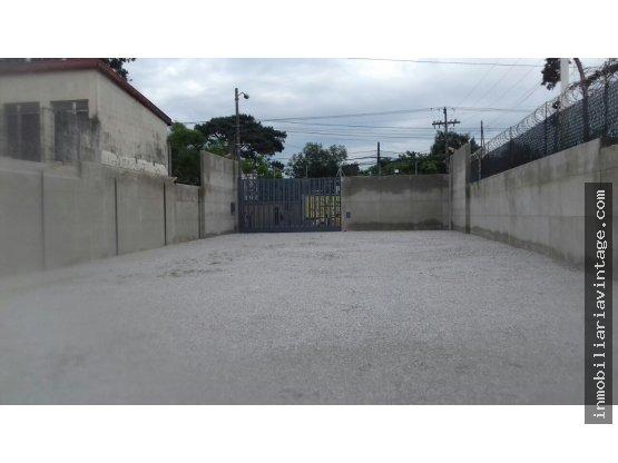 En alquiler propiedad sobre Avenida Petapa zona 12