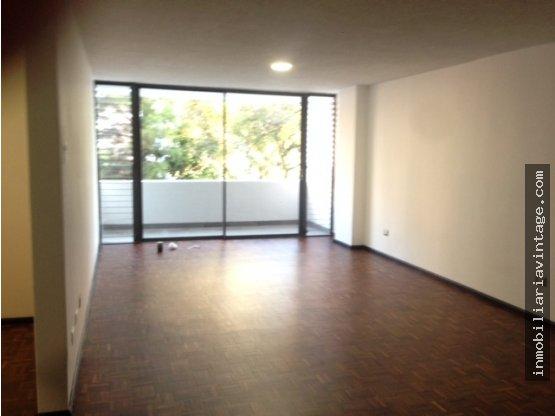 En alquiler apartamento remodelado zona 14