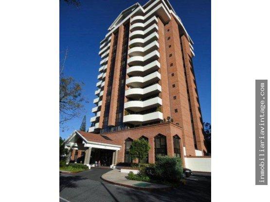 VENTA-RENTA Apartamento en edificio exclusivo Z14