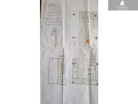LOCAL COMERCIAL (HUPERMALL) $800.000.-