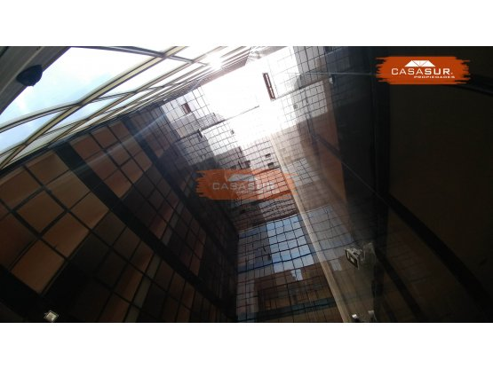 Planta Entera en Alquiler - Edificio Comercial