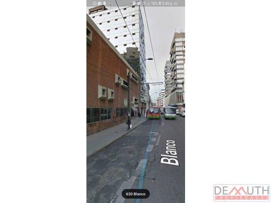 Estacionamiento techado. Plan de Valparaiso