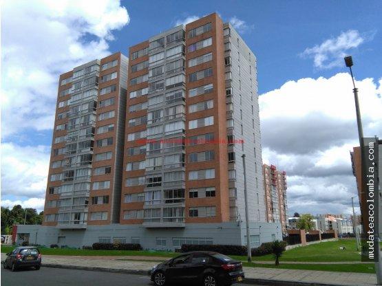 Bello apartamento en Prado Verde 1