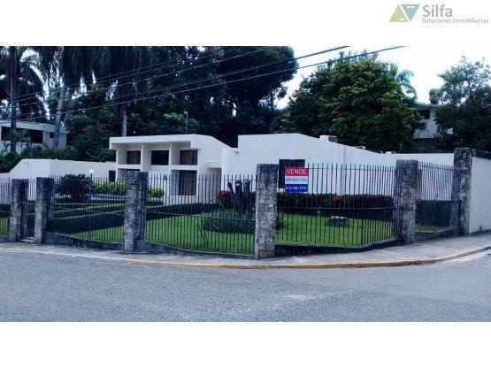 Arroyo Hondo Amplia casa/solar
