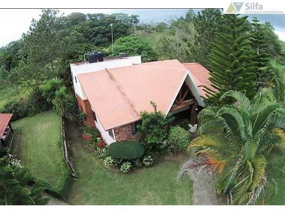Jarabacoa. Preciosa villa turistica