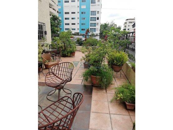 Amplio apartamento en Serrallés