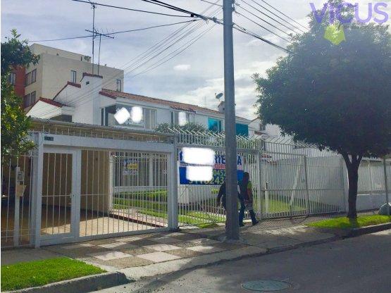CASA EN CEDRITOS - ARRIENDO