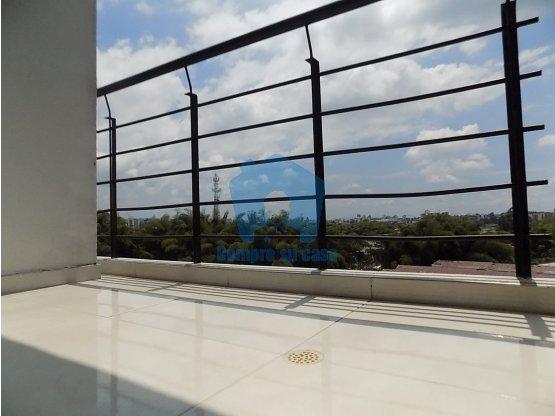 Venta Apartamento 3 alcobas, balcón, Milán