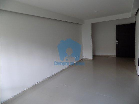 Apartamento 3 alcobas, 87 m2, Balcón, Parqueadero