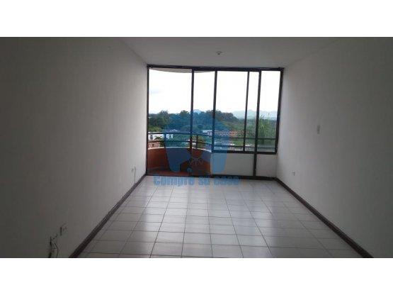 Apartamento 3 alcobas, balcón, Belmonte