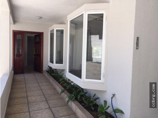 Renta de casa de UN nivel, Colonia Concepcion, Z16