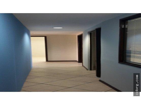 Alquiler de 2 oficinas 200m2 en zona 9
