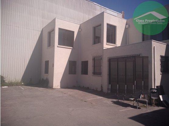 Arriendo Propiedad Comercial de 500 m2 Concepción