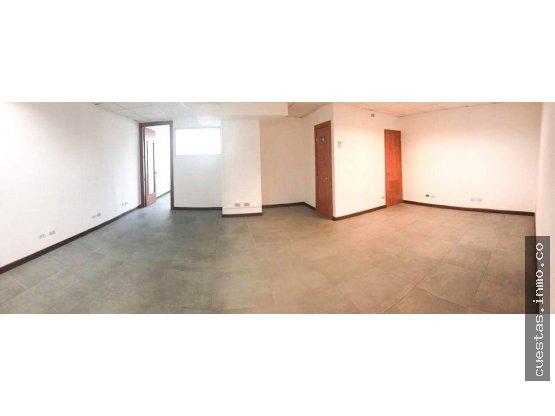Oficina en renta Zona 14 (+1)