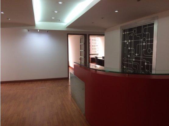 Oficina en venta, SANTA BARBARA  Bogotá