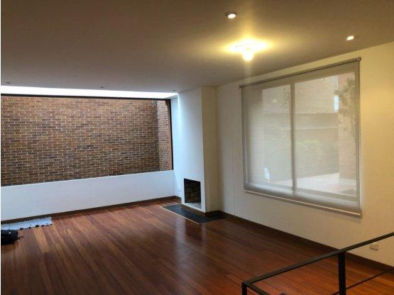 Casa en venta - arriendo, CHICO NORTE Bogota D.C