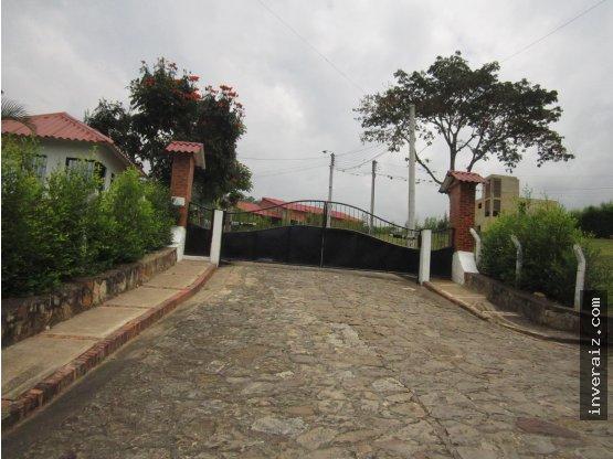 VENDO CASA CONJUNTO CAMPESTRE ARBELAEZ