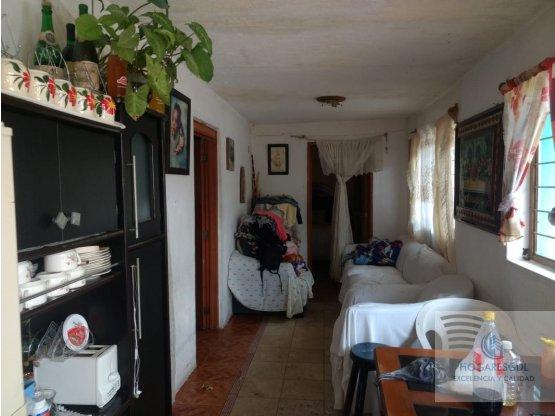 BONITA CASA EN ESQUINA EN COPALITA ZAPOPAN