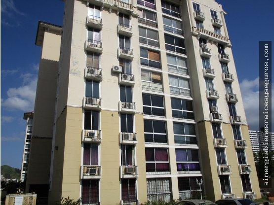 Alquilo apartamento en Condado del Rey, $. 875