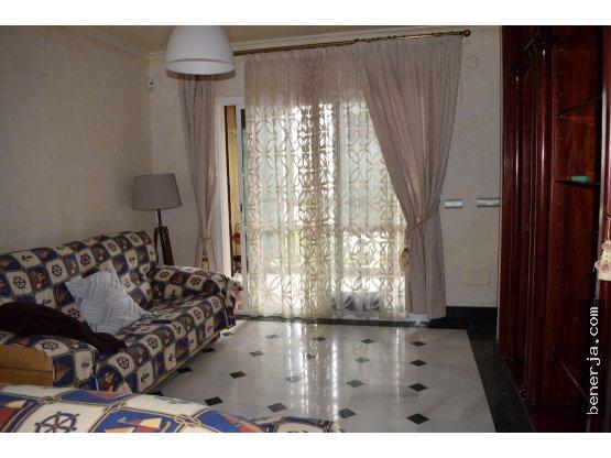 Bello apartamento, situado en la zona de Carabeo