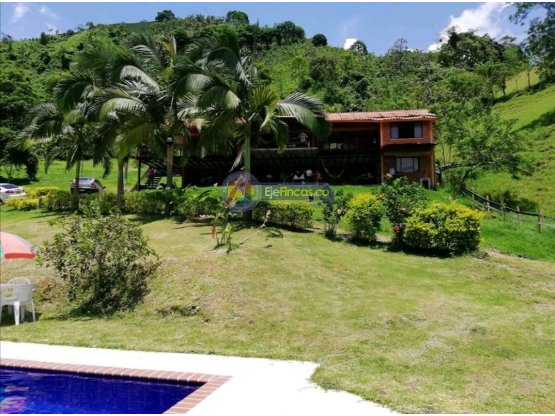 FINCA EN LA VEREDA EL GUINEO, CAP 20   y 40  PAX
