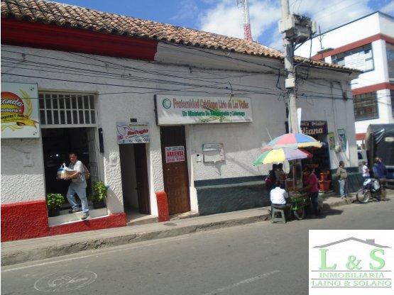 CASA COMERCIAL FRENTE A BELLAS ARTES