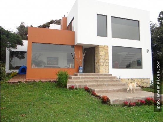 Venta Espectacular Casa Camp Cerca Yerbabuena