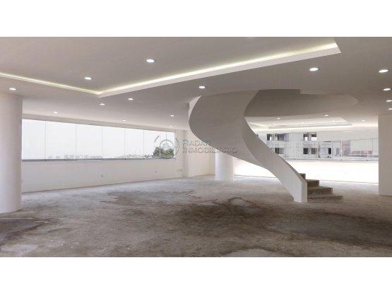 Penthouse nuevo en venta en Lomas Country Club