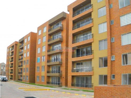 Apartamento Arriendo Madrid 19-140