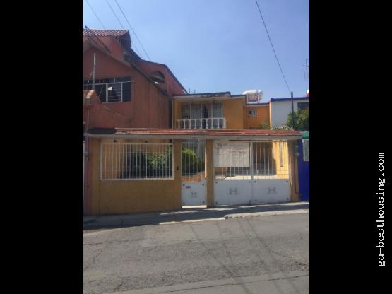 Casa en Fraccionamiento Izcalli, Ecatepec.