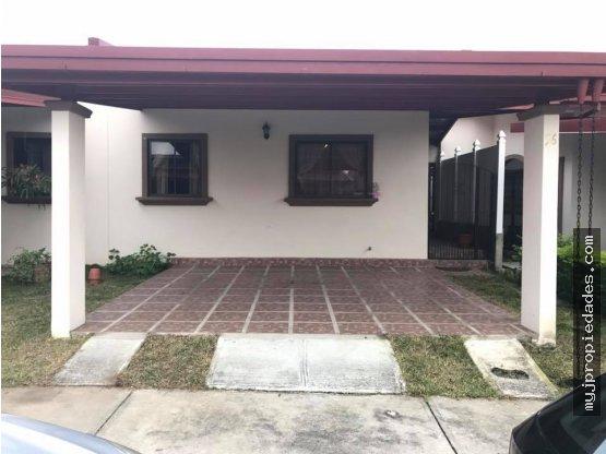 Venta de Casa de 1 planta en Santa Lucia, Heredia