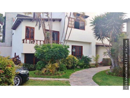 Hermosa casa en Surco