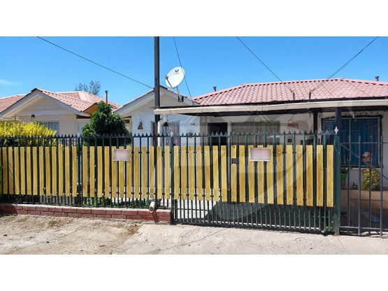 Casa 3D 1B en Arriendo, Calle Larga
